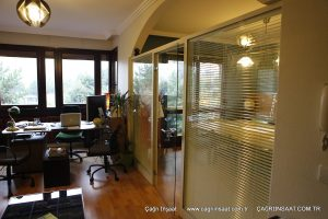 ofis camlı bölme duvar