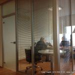 şeffaf camlı jaluzili ofis bölme sistemleri