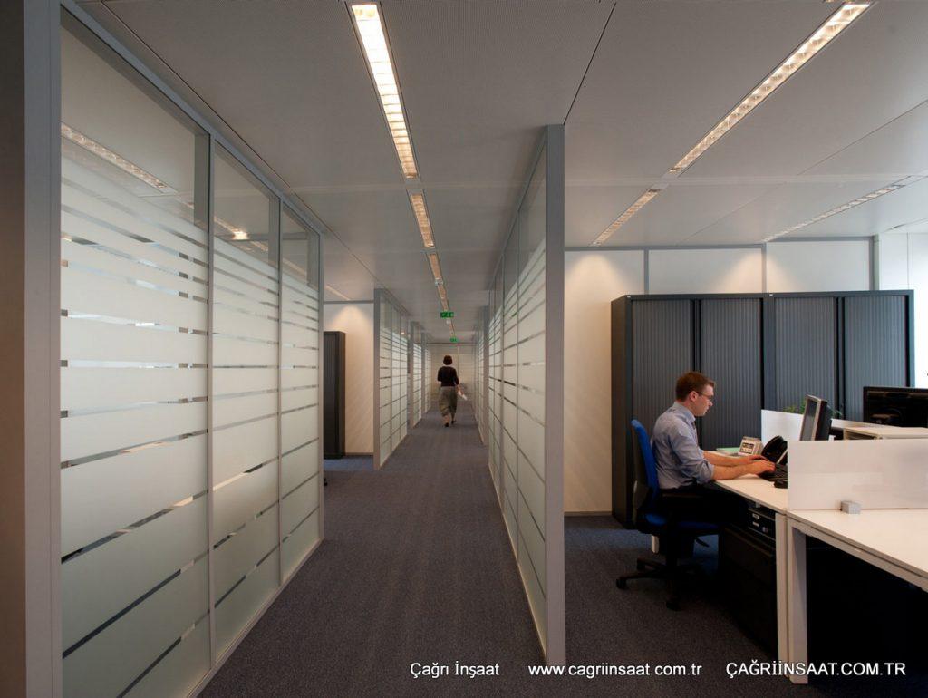Tam Camlı Ofis Bölme Sistemleri